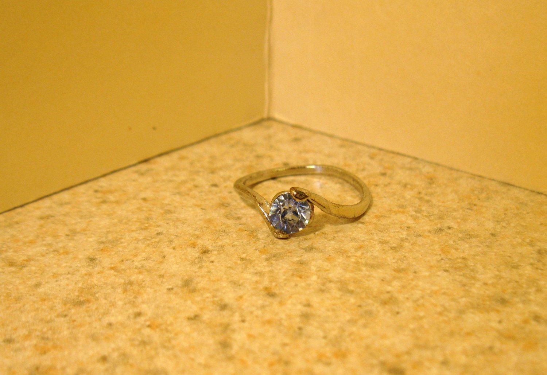 Ring Beautiful Blue Topaz Swirl Setting Size 7 New! #193