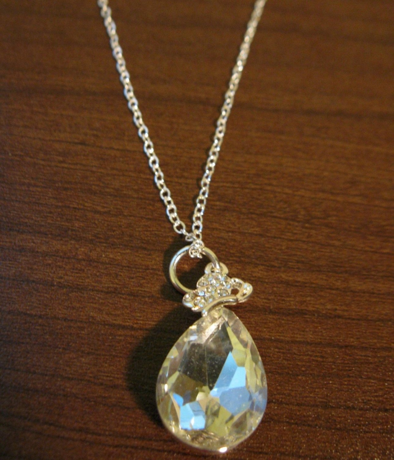 Chic Silver Pear Shaped White Topaz Solitaire Necklace & Pendant NEW! #D589