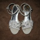 Beautiful White Flower Sandals By WonderKids Child Size 1 Nice! #X215