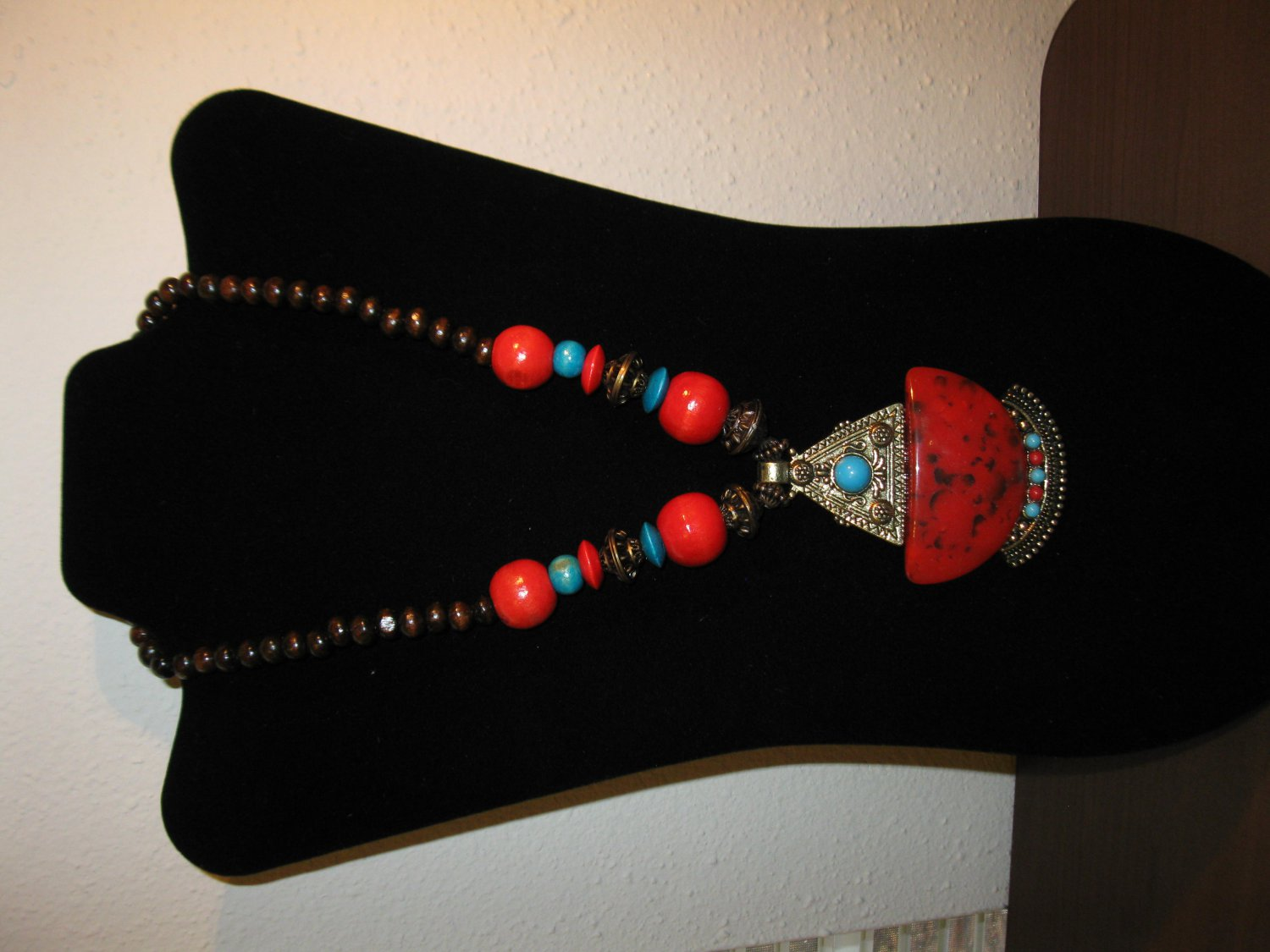 Stylish Red & Turquoise Bead Antique Gold Chunky Necklace New & Hot! #D662