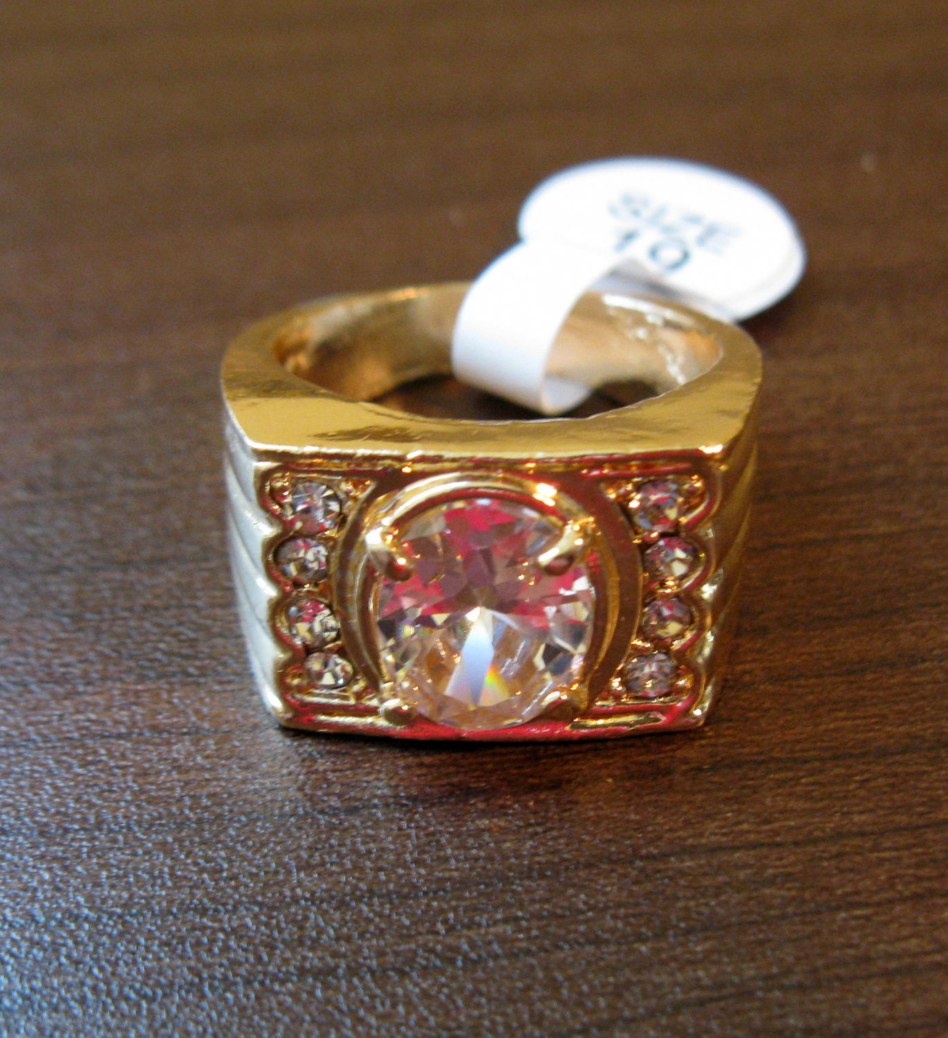 Beautiful Men�s Gold CZ Ring Size 9 NEW! #D574A