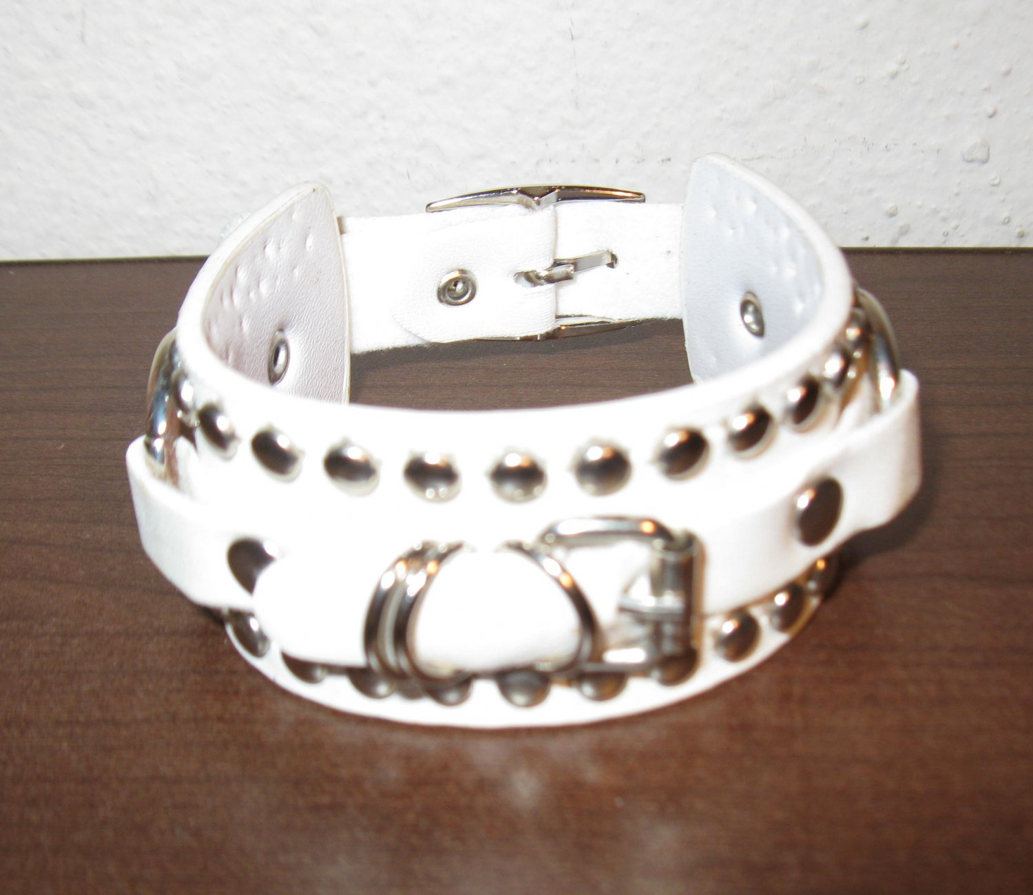 White Leather Studded Buckle Punk Surfer Bracelet New & Hot #D858