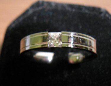 Beautiful Polished Silver CZ Ring Size 13 New! #D968