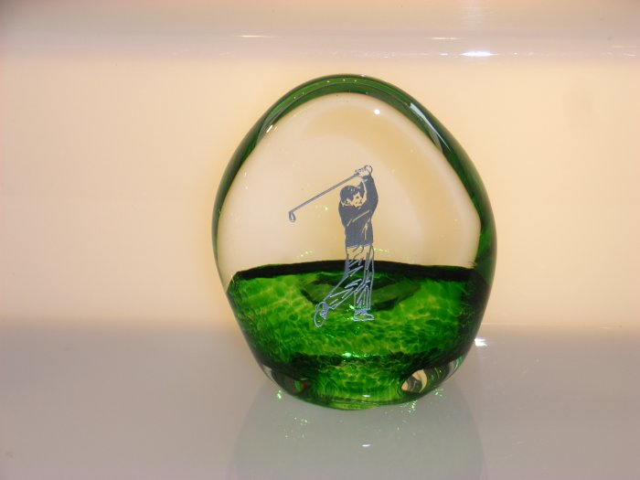 Scottish Borders Art Glass Golf Trophy / Paperweight