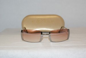 Brand New Caviar Silver Sunglasses: Mod 2260 C82 & Case