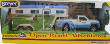 Breyer Stablemates Pick-up Truck & Trailer w/horse corral