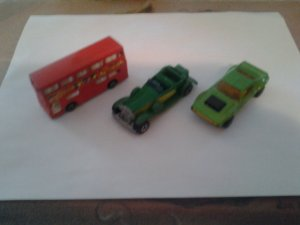 3 Original Hot Wheels and matchbox cars see scans