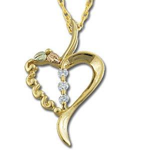 Black Hills Gold 3 Diamonds .09 Heart Necklace