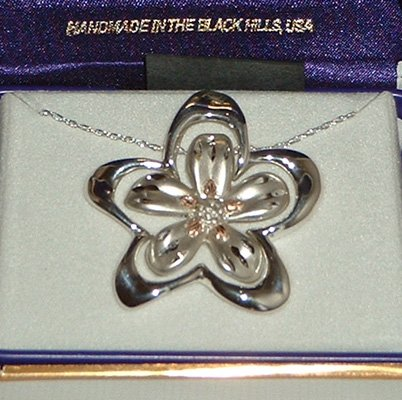 Black Hills Gold 3 In 1 Sterling Silver Flower Necklace