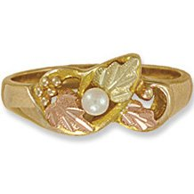 Black Hills Gold Leaves & White Cultured Pearl Ladies Ring