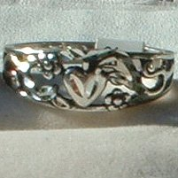 Solid .925 Sterling Silver Ring Ladies Heart & Flowers