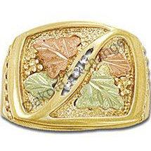 Black Hills Gold 3 Diamond Mens Ring