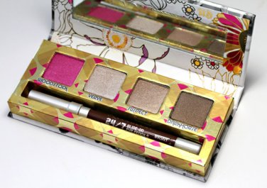 URBAN DECAY Roller Girl EYESHADOW PALETTE AUTHENTIC NEW IN BOX