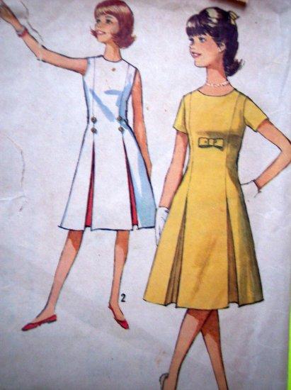 60s Teens Princess Seam DRESS Inverted Pleat B 29 Vintage Sewing Jrs Retro Pattern 5364