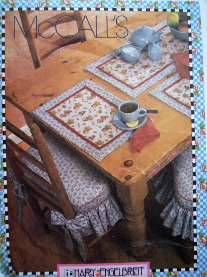 Mary Engelbreit Kitchen Accessories Apron Table Runner Placemats Napkins + Sewing Pattern 3214