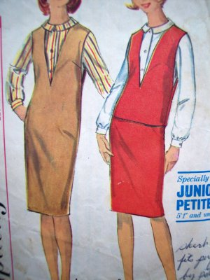 60s Vintage Sewing Pattern Jr Petite B 32 1/2 Mod Skirt Blouse Top Deep V Jumper Dress Retro 5572
