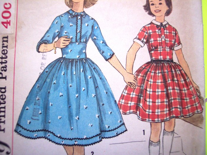 50s Girls Vintage Sewing Pattern Party Dress Full Skirt Sz 8 Detach Collar & Cuffs Simplicity 2630