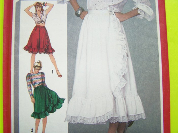 80s Vintage Sewing Pattern Gypsy Front WRAP Peasant Skirt Ruffled Mini ~ Maxi 8 Boho Retro 5758