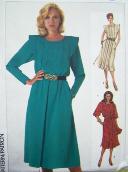 80's Dress Puff Ruffle B 31.5 Pleated Bodice/Skirt Shoulder Flange Vintage Retro Sewing Pattern 7223