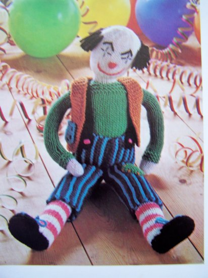 USA 1 Cent S&H Retro Bobo the Clown Vintage Knitting Pattern Knitted Doll Clothes