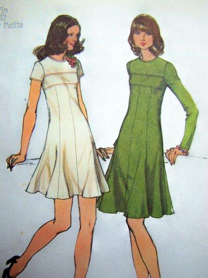Vintage Jr Petite Empire Dress Flared Skirt Princess Seamed Bust 32 Sewing Pattern 5785