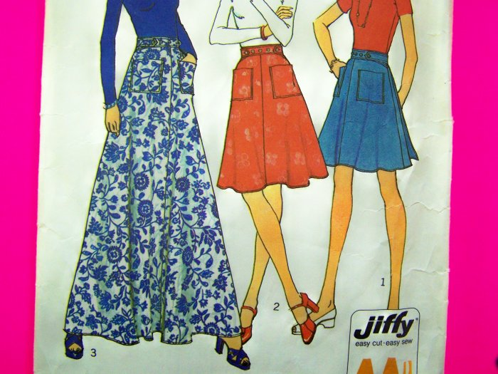Vintage 70s WRAP Small Skirt Mini ~ Maxi Patch Pockets Button Tab Shaped Waist Sewing Pattern 6789
