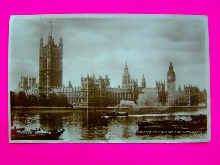 Vintage Postcard 1930s Houses of Parliament Victoria Tower Big Ben Valentine's Post Card