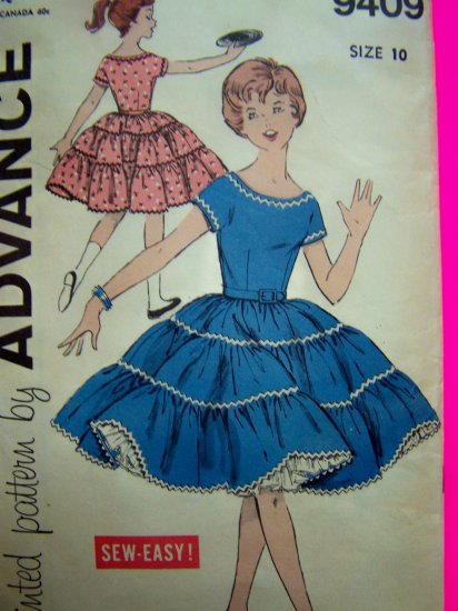 1950s Girls Vintage Dress Full Tiered Twirl Skirt Easy Sewing Pattern 9409