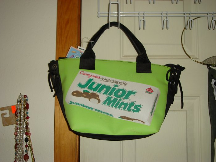 Unique Junior Mints Purse...NWT