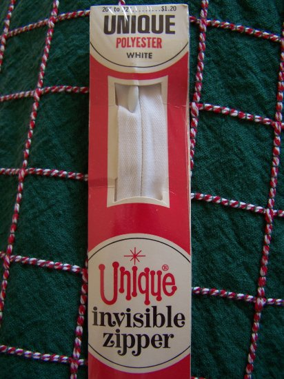 "Vintage Unique Invisible Zipper White 20 - 22"" Featherweight Polyester 1 Penny USA S&H"