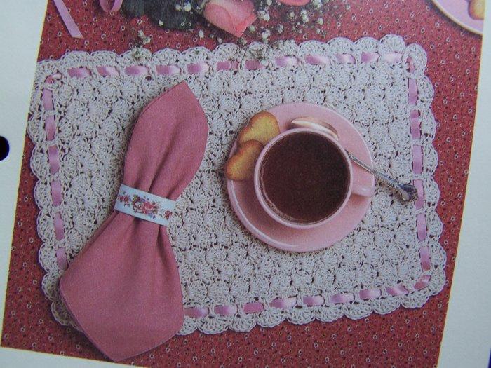 Vintage Crochet Pattern Shell Stitch Placemats Ribbon Border USA 1 Cent S&H