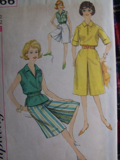 Vintage 1960's Sewing Pattern 2 Length Culottes Blouse 3866