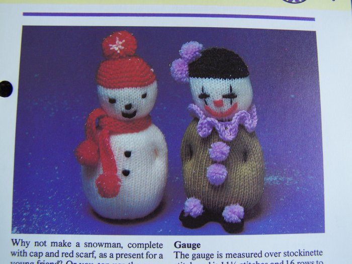 USA 1 Cent S&H Vintage Knitting Pattern Knitted Snowman or Clown Stuffed Toy