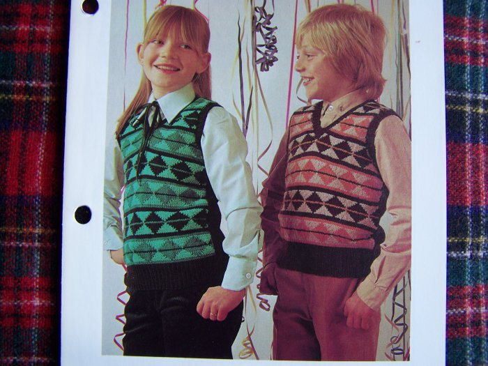 USA 1 Cent S&H Boys and GIrls Knitting Pattern Jacquard Patterned Pullover Sweaters