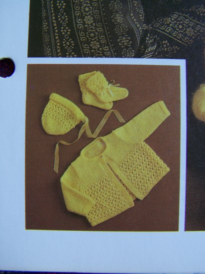 USA 1 Cent S&H Vintage Baby Knitting Patterns Bobble Stitch Set Sweater Bonnet Booties