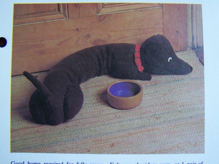 1 Cent USA S&H VIntage Dachshund Dog Draft Stopper Dodger Knitting Pattern