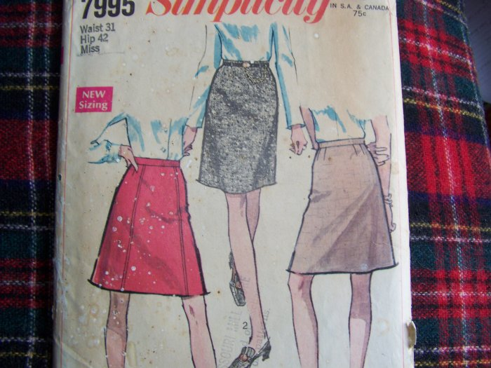"""1 Cent USA S&H Vintage Sewing Pattern 7995 Set of A Line & Straight Skirts Waist 31"""""""