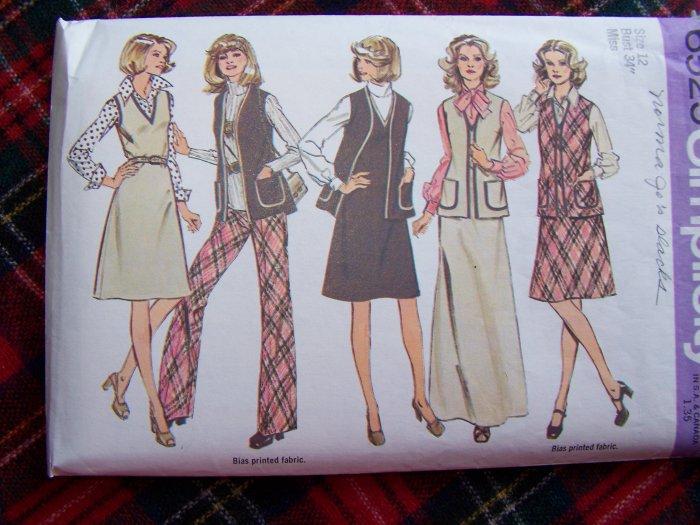 Misses Hippie Suit Sewing Pattern 6525 Jumper Dress Unlined Vest Pants Sz 12