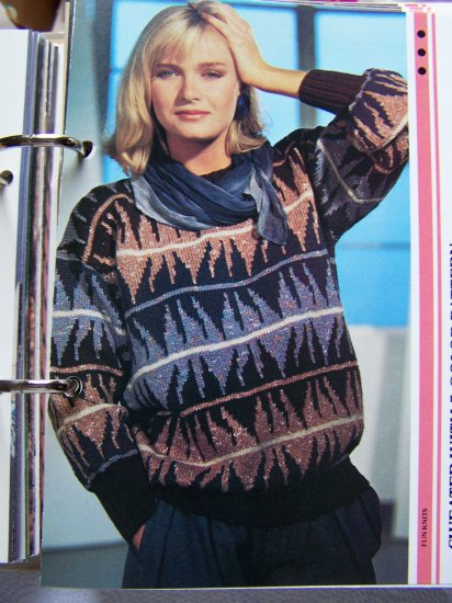 US 1 Cent S&H Vintage KNitting Pattern Misses Sweater with Bold 5 color Design