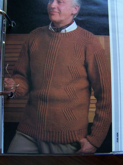 USA 1 Cent S&H Vintage 1980's Men's Pullover Zig Zag Sweater Knitting Pattern
