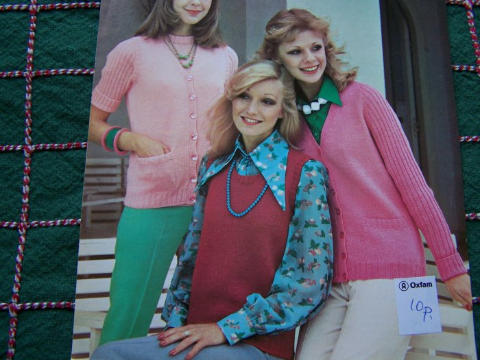 1970's Knitting Patterns 4 All Seasons Womens Classic Twinset Rib Sleeves Slipover Cardigan