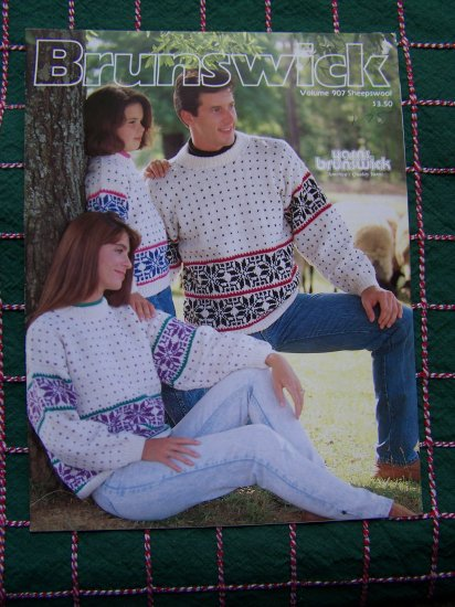 Knitting Patterns Adult Childs Ski Sweaters & Mom Daughter Cable Cardigans Pattern 907