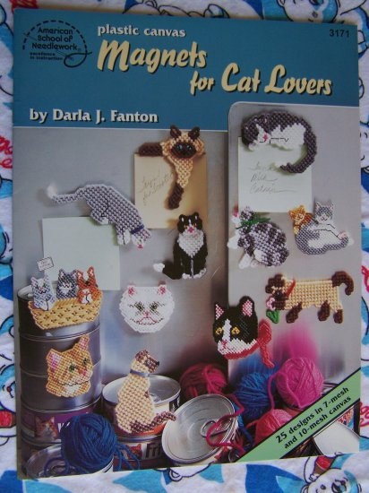 25 Magnets for Cat Lovers Plastic Canvas Patterns Book 3171