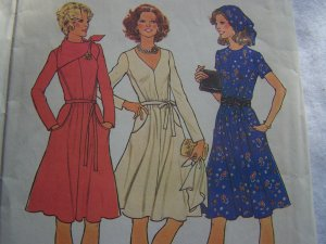 Vintage Simplicity Sewing Pattern 7091 Misses Sz 10 Dress  Shaped Mid Section Short or Long Sleeves