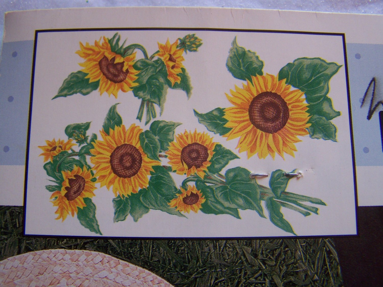 New Daisy Kingdom Fabric No Sew Applique Sunflower # 6282