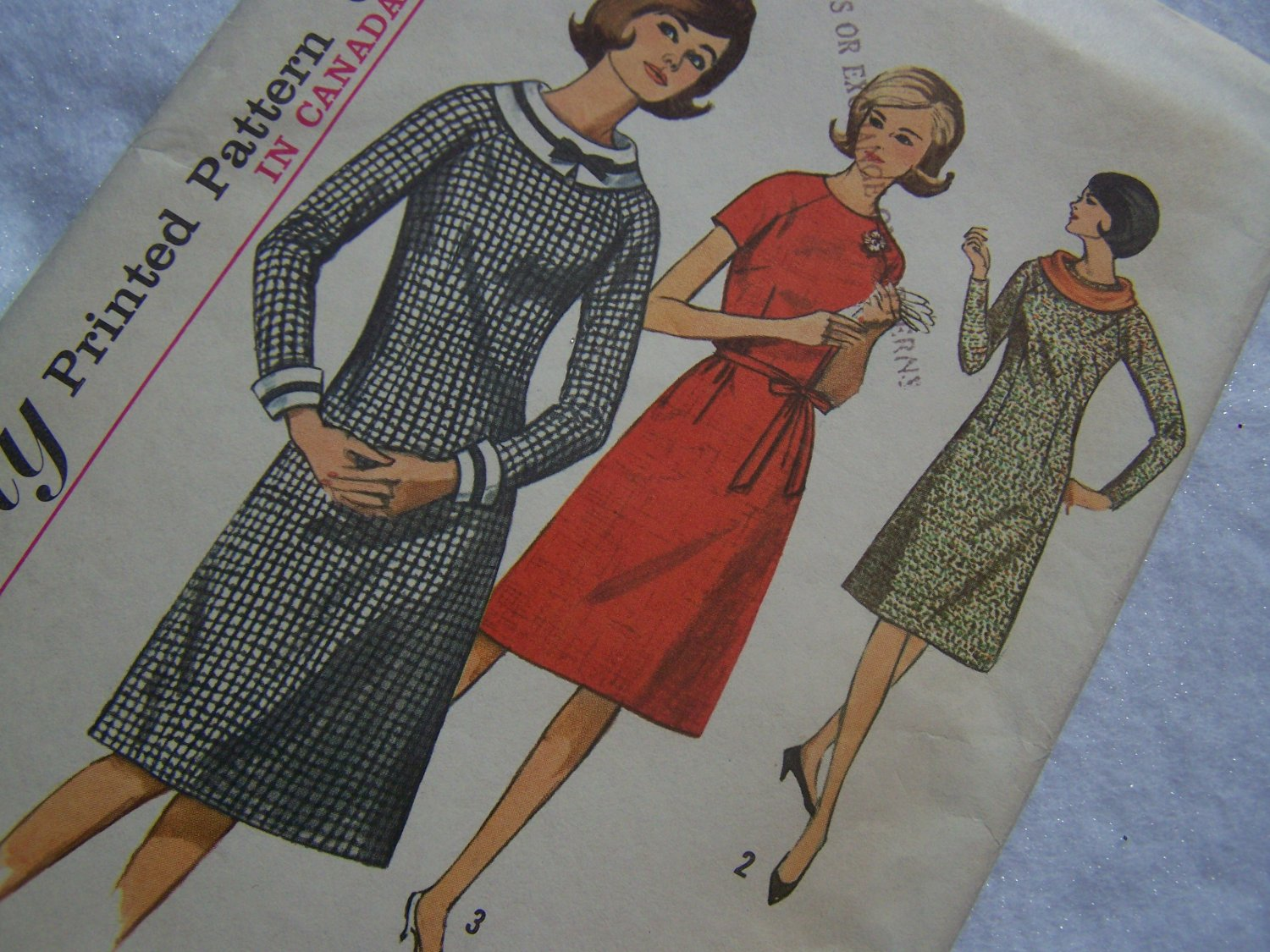 60's Simplicity Sewing Pattern 5699 One Pc Dress With Detach Collar & Cuffs Zip Sleeves