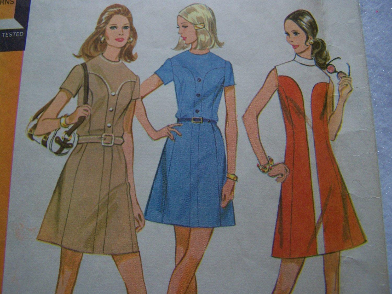 Vintage 70s Easy Dress Sewing Pattern 2357 Shaped Front Yoke Princess Seamed