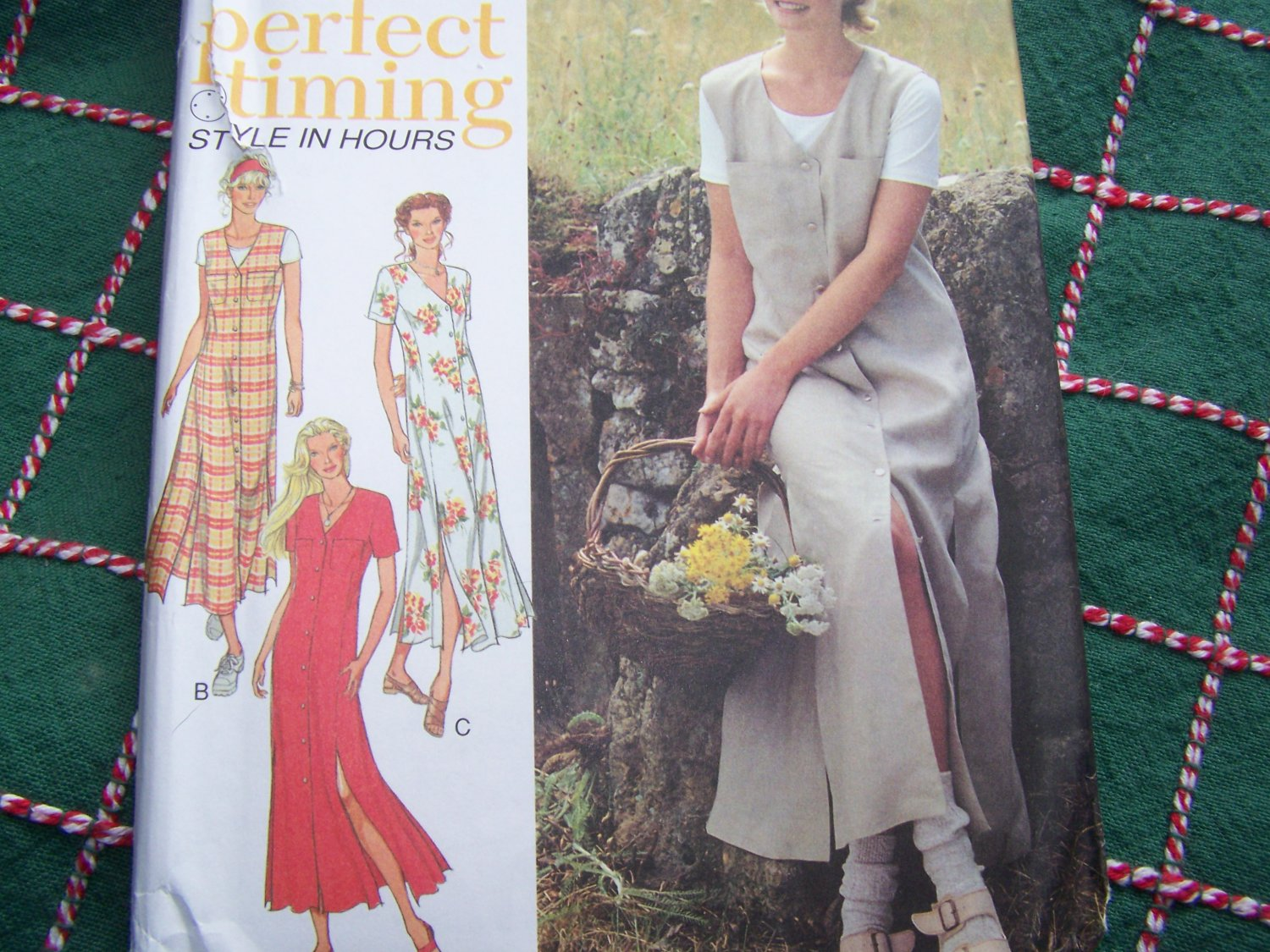 1990s New Style Sewing Pattern 2697 Sleeveless Jumper Dress or Short Sleeve Dress 8-18