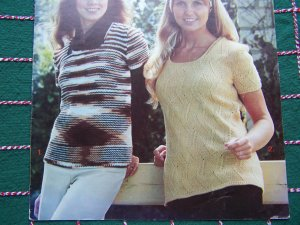 2 Vintage 1970s Knitting Patterns Misses Sweater Tops Short Sleeves S M L XL 24