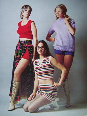 Vintage 1970s Knitting Patterns Summer Hot Pants Short Shorts Midriff Tank Crew Neck Sweater top